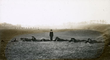 Recruits being taught how to use a rifle